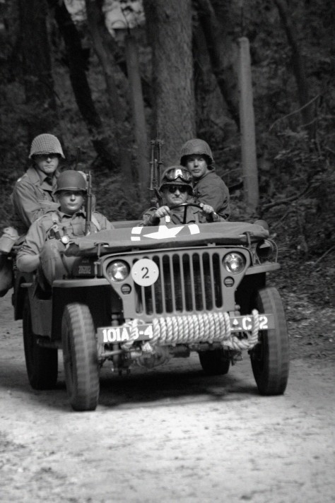 American Jeep WW II Days (D70-editj17.40)